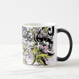 hojas florales del grunge taza mágica