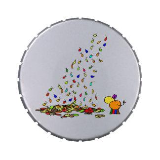 hojas que caen latas de caramelos