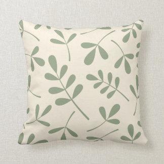 Hojas verdes clasificadas grandes en el diseño almohada