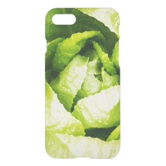 Hojas verdes de la lechuga con las gotas de agua funda para iPhone 7