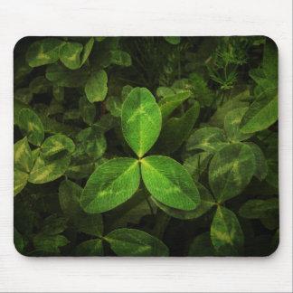 hojas verdes tapete de raton
