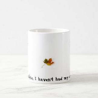 ¡Hojea solamente, yo no ha tenido mi café todavía! Taza Básica Blanca
