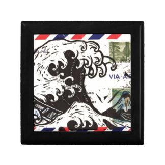 HOKUSAI JAPAN WAVE TRINKET BOX