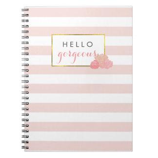 Hola la raya rosada magnífica y se ruboriza libros de apuntes con espiral