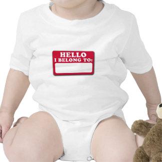 Hola pertenezco a… traje de bebé