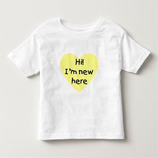 ¡Hola! Soy nuevo aquí (el amarillo) Playera De Bebé