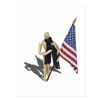 HoldingAmericanFlagHandHeart090912.png Tarjetas Postales