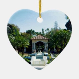 Hollis Gardenscape Adorno Navideño De Cerámica En Forma De Corazón