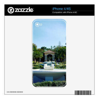 Hollis Gardenscape Decal For iPhone 4