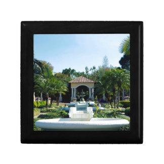 Hollis Gardenscape Joyero Cuadrado Pequeño