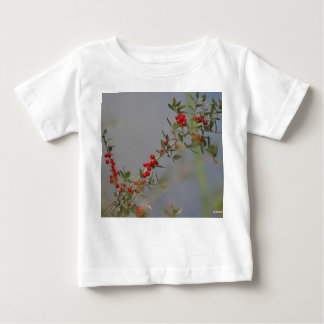 Holly berry stem against grey background baby T-Shirt