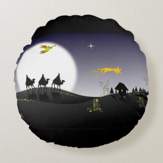 Holly Night Round Pillow