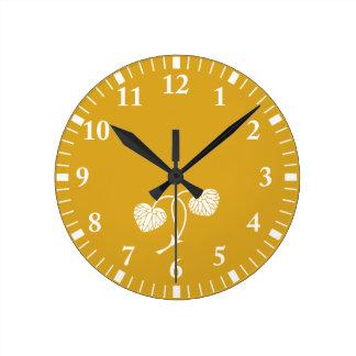 hollyhock de la Dos-hoja Reloj Redondo Mediano