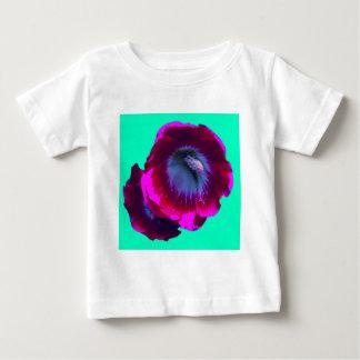 Hollyhocks Púrpura-Negros del jardín por SHARLES Playera De Bebé