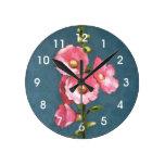 Hollyhocks rosados: Arte en colores pastel del ace Relojes