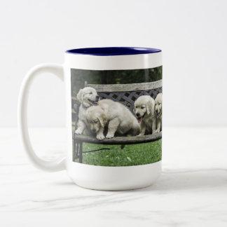 Holly's Half Dozen bench mug