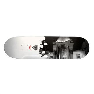Hollywood Hope Skateboard
