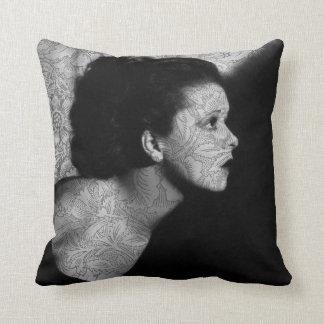 Hollywood Vintage Clara Pillow