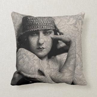 Hollywood Vintage Gloria Pillow