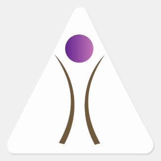hombre abstracto con la cabeza púrpura pegatina triangular