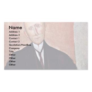 Hombre asentado delante de un fondo anaranjado plantillas de tarjeta de negocio