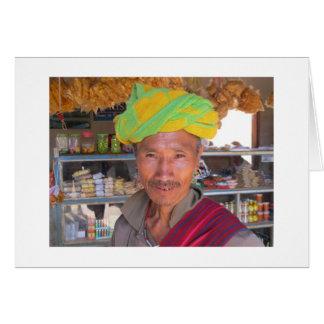 Hombre cerca de Kalaw, Myanmar de la tribu de la c Tarjeta De Felicitación