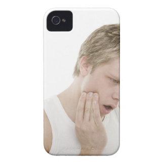 Hombre con dolor de muelas Case-Mate iPhone 4 coberturas