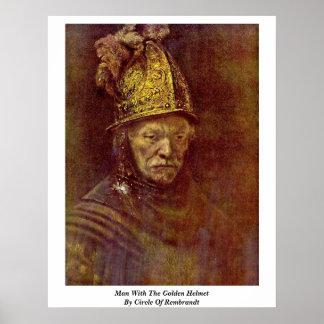 Hombre con el casco de oro por el círculo de Rembr Poster