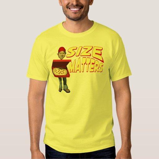 Hombre de entrega de la pizza playera