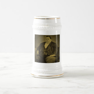 Hombre de la grasa del acto secundario del jarra de cerveza