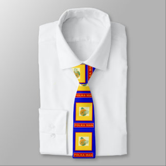 Hombre de la polca corbata fina