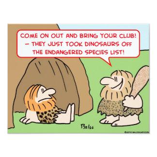 """hombre de las cavernas en peligro dinosaurios de invitación 4.25"""" x 5.5"""""""