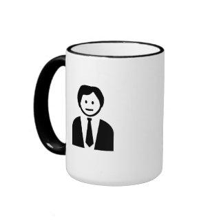 Hombre de negocios con el lazo tazas de café