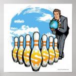 Hombre de negocios que rueda un globo hacia los póster