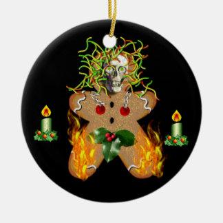 Hombre de pan de jengibre espeluznante adorno navideño redondo de cerámica