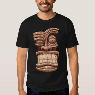 Hombre de Tiki III Playeras