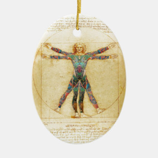 Hombre de Vitruvian de da Vinci con los tatuajes Adorno Ovalado De Cerámica
