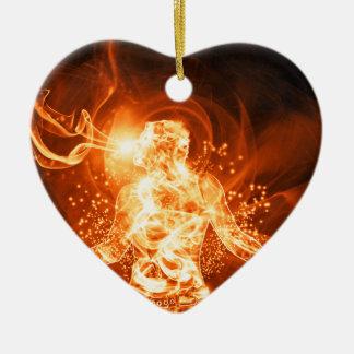 Hombre del fuego adorno navideño de cerámica en forma de corazón