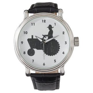 Hombre del granjero en muestra del tractor relojes de pulsera