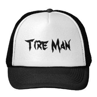 Hombre del neumático gorro