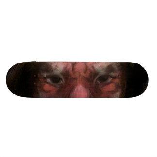 hombre del tigre tablas de patinar