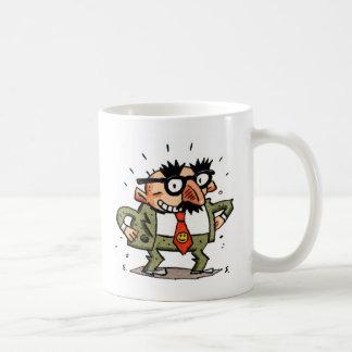 Hombre divertido taza de café