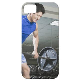 Hombre en el gimnasio, barbell grande de elevación iPhone SE/5/5s case