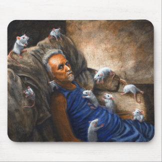 Hombre en el sofá con las ratas Mousepad Alfombrillas De Ratón