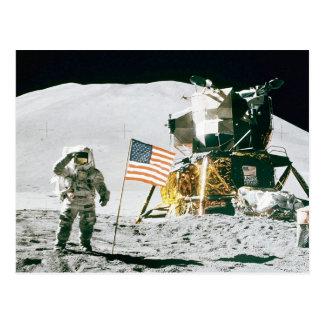 Hombre en la luna tarjeta postal
