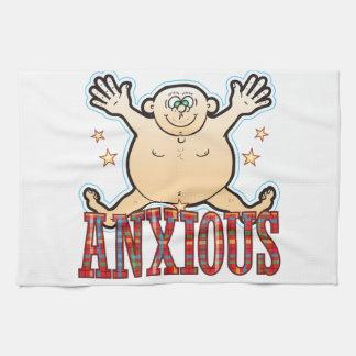 Hombre gordo ansioso toalla
