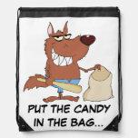 Hombre lobo que roba el caramelo de Halloween Mochila