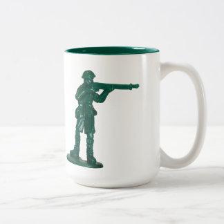 Hombre plástico verde del ejército tazas de café