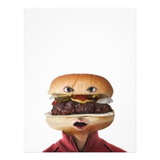"""Hombre principal de la hamburguesa sobre blanco folleto 8.5"""" x 11"""""""