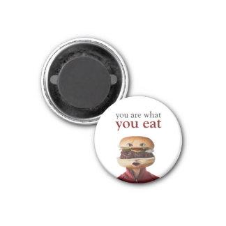 Hombre principal de la hamburguesa sobre blanco imán redondo 3 cm